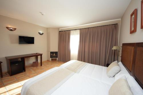 Habitación Doble Superior - 1 o 2 camas - Uso individual Hotel Château Viñasoro 12