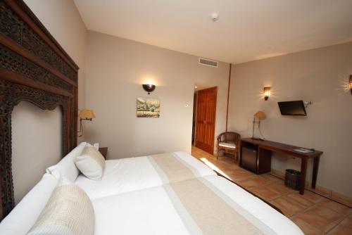 Habitación Doble Superior - 1 o 2 camas - Uso individual Hotel Château Viñasoro 10