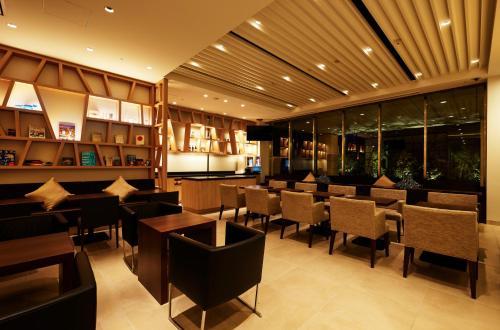 Hotel JAL City Haneda Tokyo West Wing photo 3