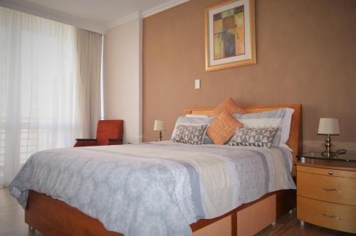 Lighthouse Mall Apartment