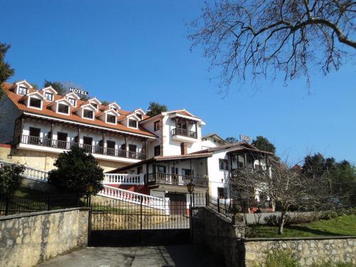 . Hotel Solatorre