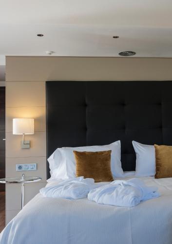 Luxury Suite with Spa Bath Bonansa Country Hotel 12