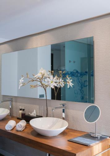 Luxury Suite with Spa Bath Bonansa Country Hotel 24