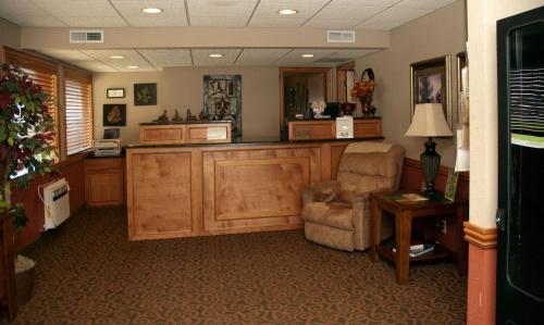 . Travelers Budget Inn