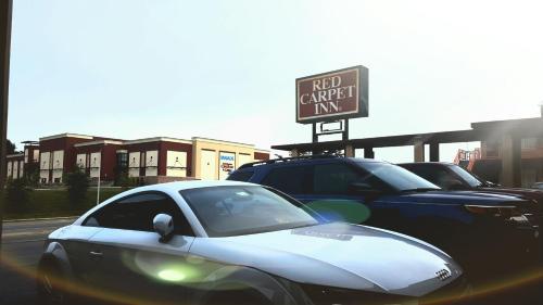Red Carpet Inn - Blacksburg