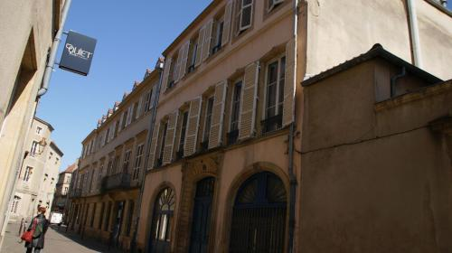 . Meublé Tourisme à Metz