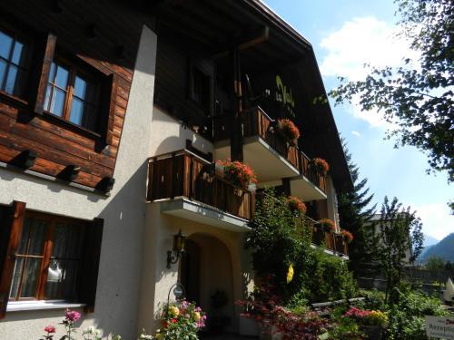 B&B Garni Casa La Val - Hotel - Sedrun