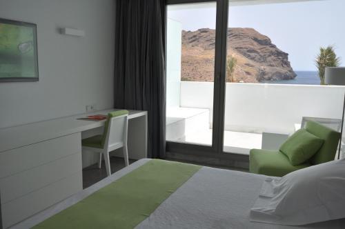 Habitación Individual Deluxe con balcón Hotel Spa Calagrande Cabo de Gata 4