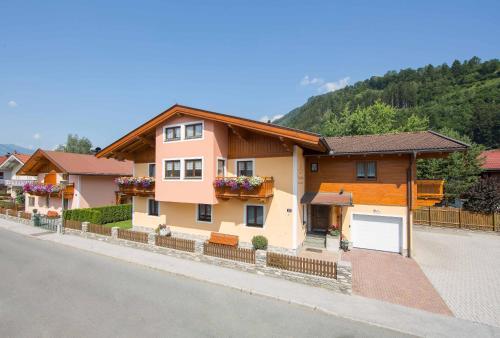 Gästehaus Unterberger - Accommodation - Zell am See