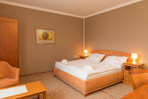 Hotel Grand rum bilder