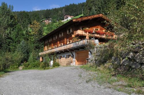 . Sonnenplatzl im Zillertal