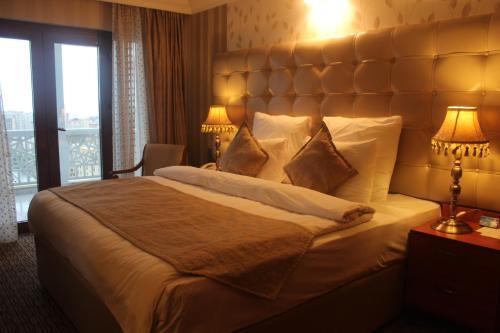 Grand Hotel Europe Zimmerfotos