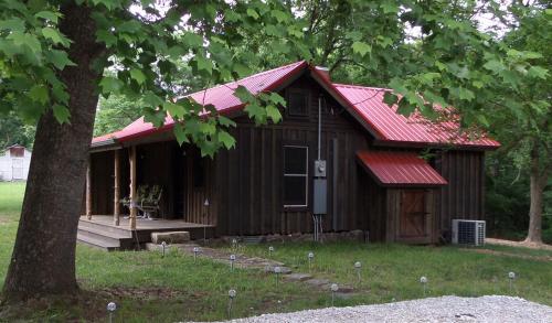 War Eagle Homestead Cabin - Rogers, AR 72613