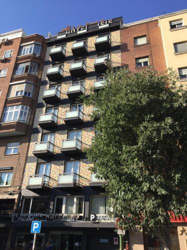 Hotel Madrid Río