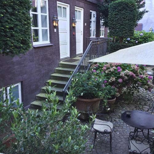 Fredens Torv 10, 8000 Aarhus C, Denmark.