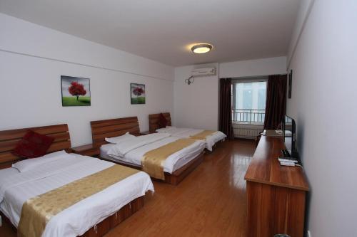 Фото отеля Bell Tower Apartment Hotel