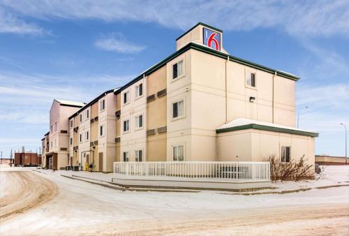 Motel 6-Stony Plain AB