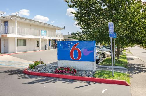Motel 6 Tacoma South - North Lakewood, Washington