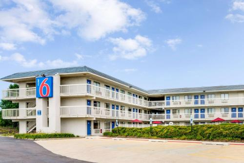 Accommodation in Rolling Meadows