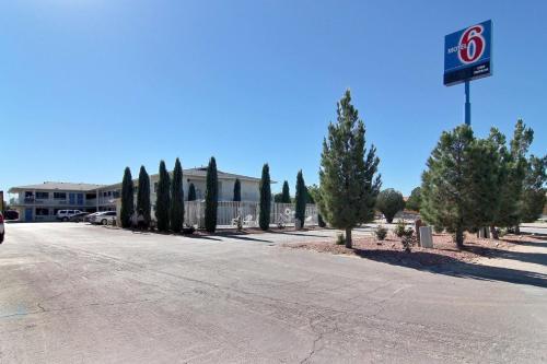 . Motel 6-Carlsbad, NM