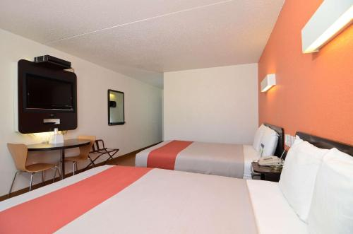 Фото отеля Motel 6 South Haven