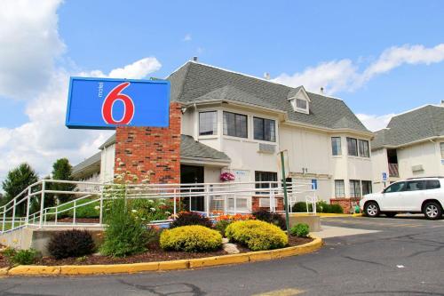 Motel 6-Enfield CT - Hartford