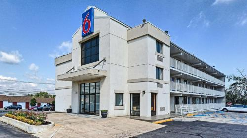 Motel 6-Maple Shade Township NJ - Philadelphia - Mt Laurel