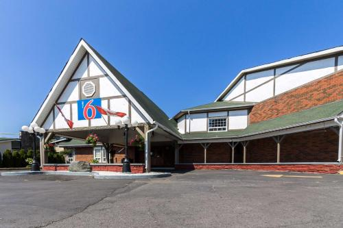 . Motel 6-Trenton, ON
