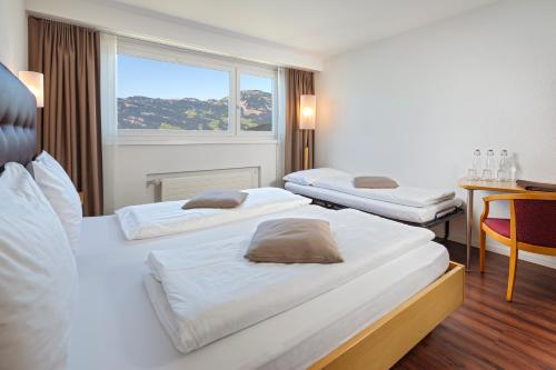 Comfort Triple Room with Lake View