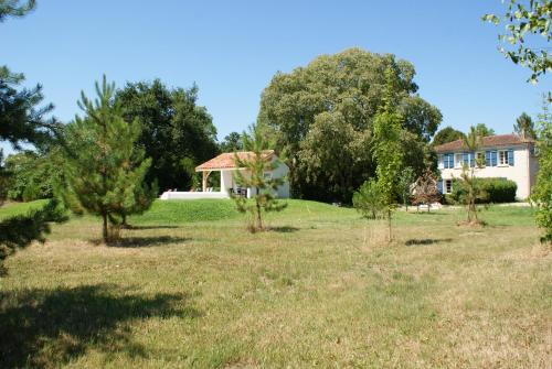 . Le Cottage de Château de Grenier