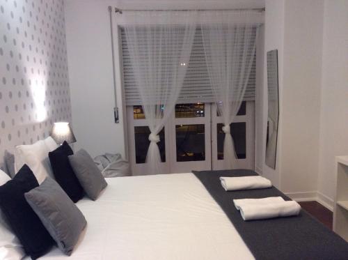 4U Lisbon IV Guesthouse - image 7