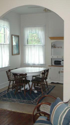 Harvard Apartments #4 - Cape May, NJ 08204