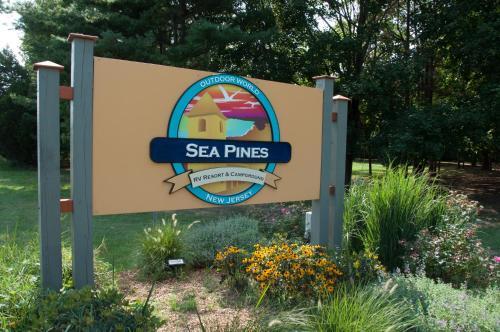Sea Pines Park Model 2 - Cape May Court House, NJ 08210