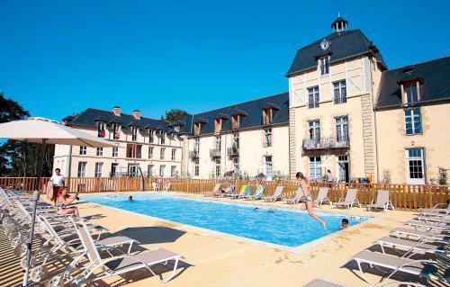 . Résidence Prestige Odalys Le Château de Kergonano