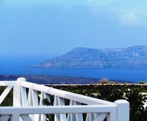 Philippion Boutique Hotel – Santorini 2