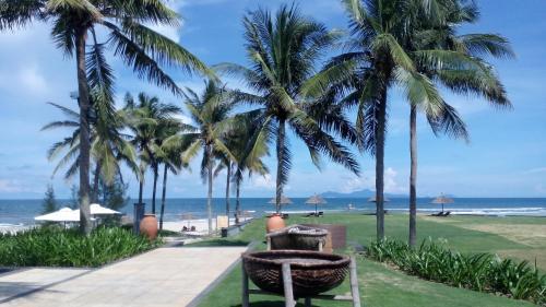 . Ocean Apartment Spa & Golf Danang