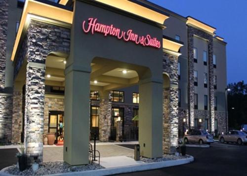 Hampton Inn & Suites Stroudsburg Bartonsville - Stroudsburg, PA 18360