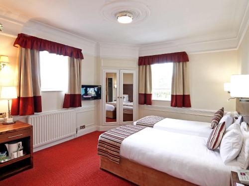 Wolverhampton Goldthorn Hotel - Photo 2 of 29