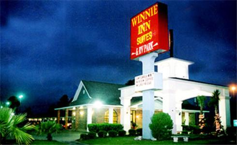 Winnie Inn and Suites