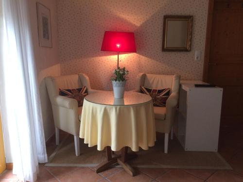 "Studio Apartment with Terrace ""Lutt-Kostall"" (Studio Apartment with Terrace ""Lütt-Kostall"")"