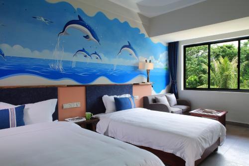 __{offers.Best_flights}__ Forest Inn Ri Yue Bay Surf Branch