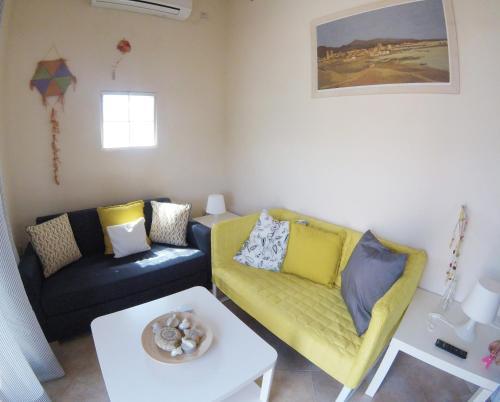 . Arapakis Apartment