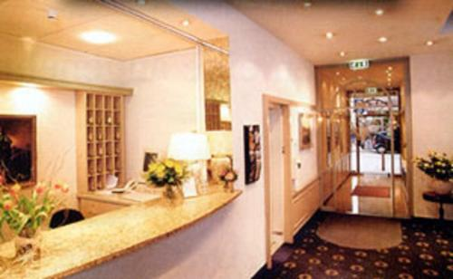 Hotel Ambiente Garni photo 16