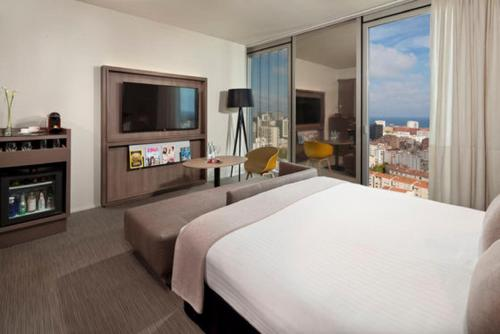 The Level Grand Premium with Sea View (2 Adults + 1 Child)
