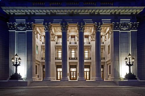 Four Seasons Hotel London at Ten Trinity Square photo 2