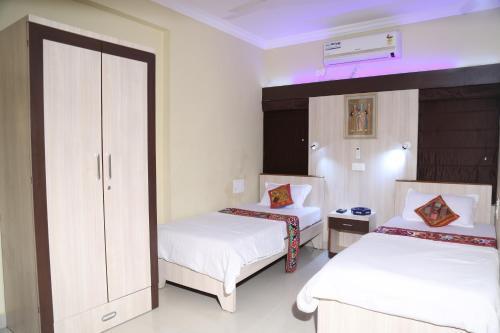 . Shivam Apartment