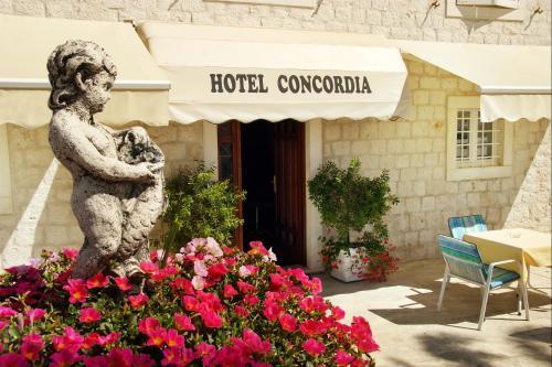 . Hotel Concordia