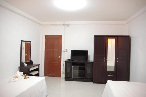 Donmueang Airport Residence photo 8