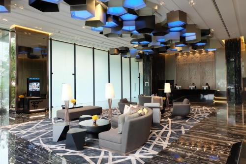 Compass SkyView Hotel photo 17