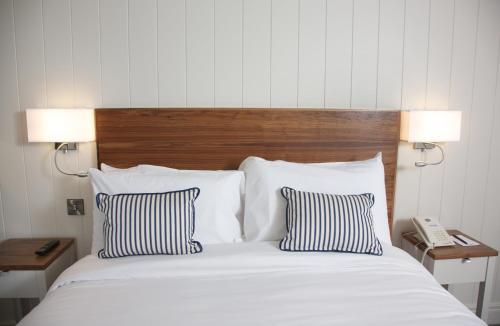 __{offers.Best_flights}__ Waterfront Hotel Dungloe